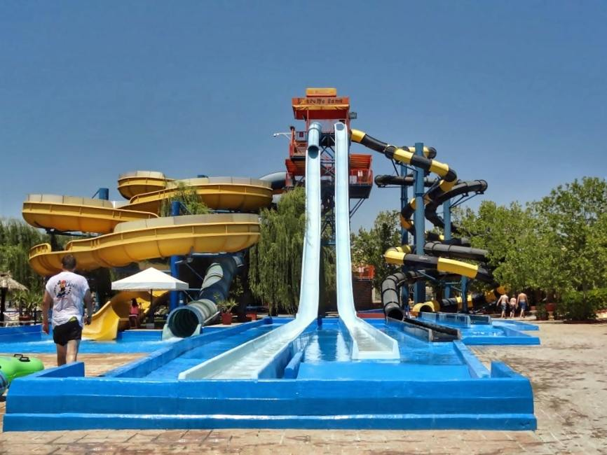 Dominoes Hotel Apartments Ipsos , family activities - things to do in Corfu , must do in corfu Aqualand waterpark