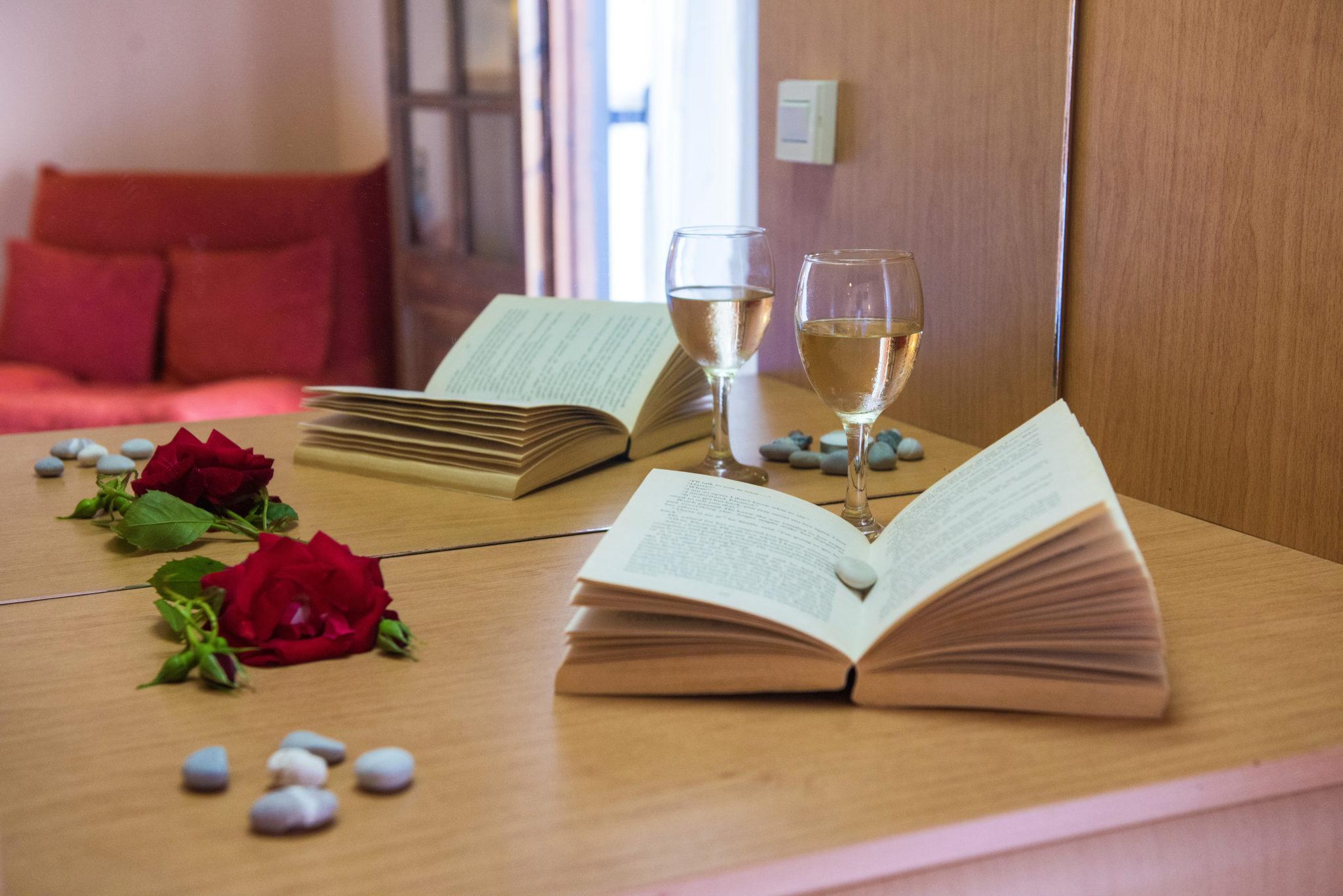 dominoes standart poolside triple room - cheap accommodation ipsos corfu