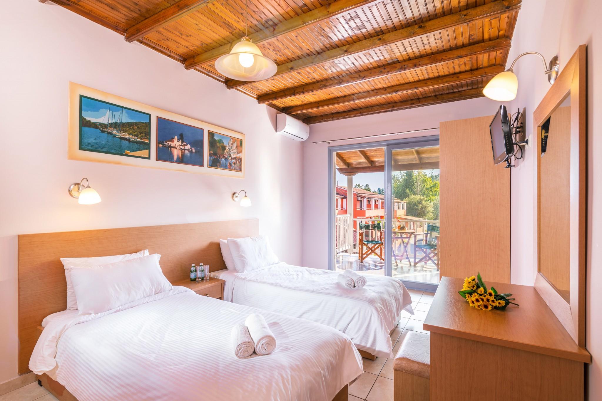 family hotel corfu ipsos dassia