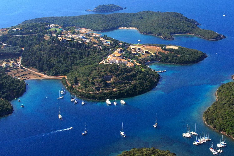 Dominoes Hotel Apartments Ipsos , activities- ipsos excursions, blue lagoon syvota- blue caves